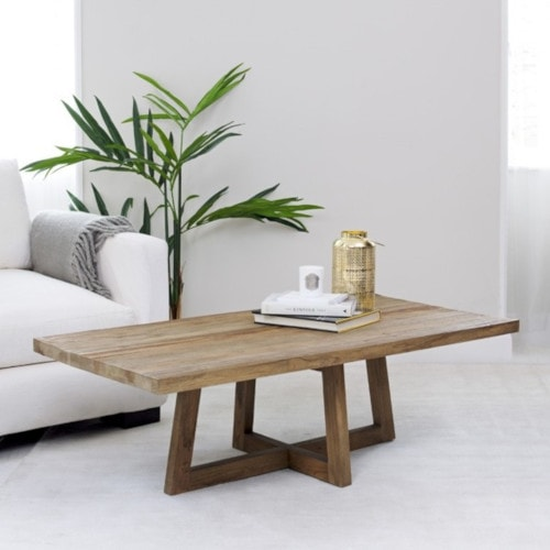 Why Choose Reclaimed Wood Furniture?