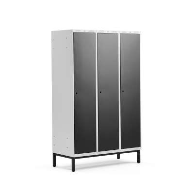 Clothes locker CLASSIC, leg frame, 3 modules, 1940x1200x550mm, black
