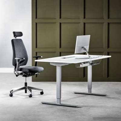 Package deal: Standing desk FLEXUS + Office chair WATFORD