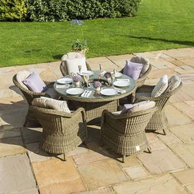 Maze Rattan Winchester Heritage 6 Seat Round Dining Set with Ice Bucket and Lazy Susan
