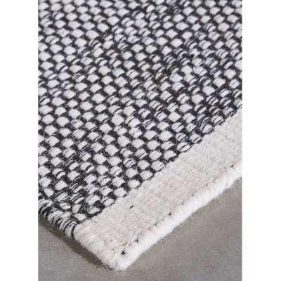 Teppe Wool Rug by Momo Rugs - 140 x 200 cm / Black / Wool