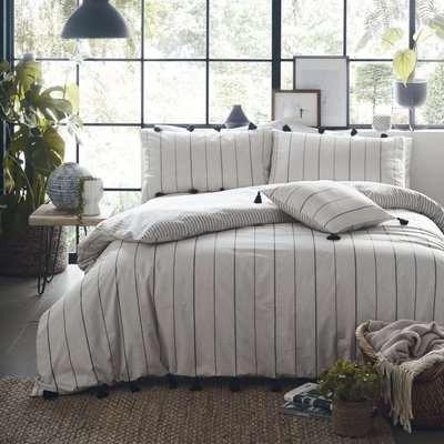 Appletree Delta Linen 100% Cotton Reversible Duvet Cover and Pillowcase Set Linen