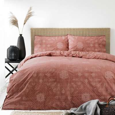 The Linen Yard Bohemian Red Clay 100% Cotton Duvet Cover and Pillowcase Set Red
