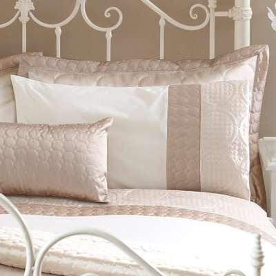 Circles Latte Housewife Pillowcase Medium Brown