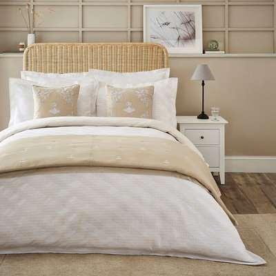 Dorma Pensthorpe Jacquard Waffle Natural 100% Cotton Duvet Cover and Pillowcase Set White