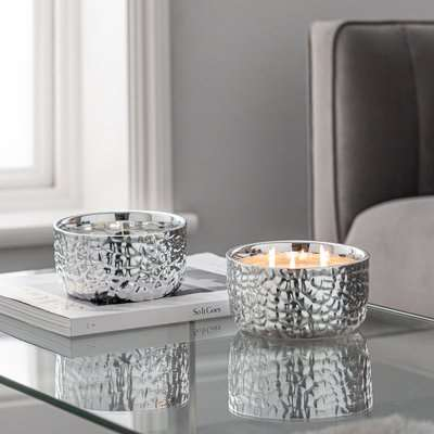 Hammered Metal Silver White Oud and Magnolia Multiwick Scented Candle Silver