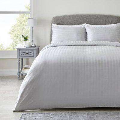 Hotel Hampton Silver Cotton Sateen Striped Duvet Cover and Pillowcase Set Silver