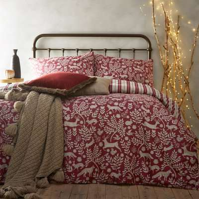 Furn. Scandinavian Woodland 100% Brushed Cotton Reversible Red Duvet Cover and Pillowcase Set Red