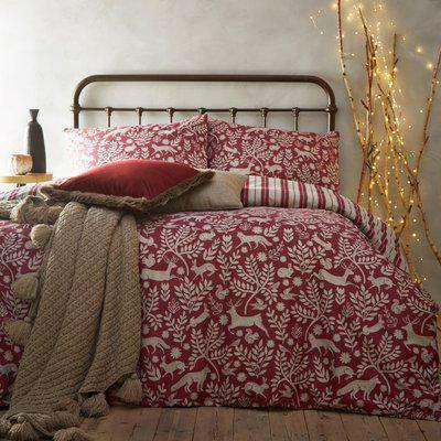 Skandi Woodland Brushed Cotton Duvet Cover Set Wild Berry