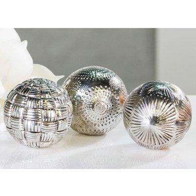Carve Poly Set Of 3 Decoration Balls In Antique Silver