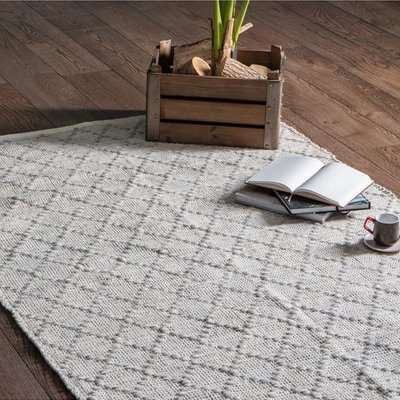 Solka Cotton And Wool Rug In Grey