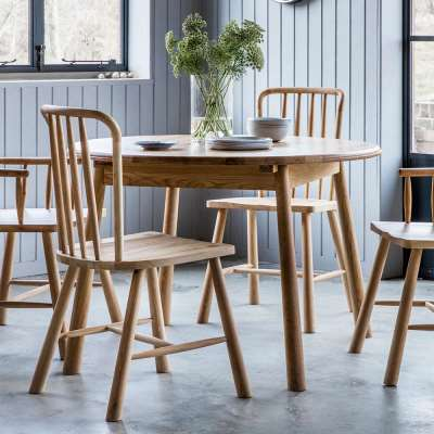 The Bergen Round Extending Dining Table (1.1m)