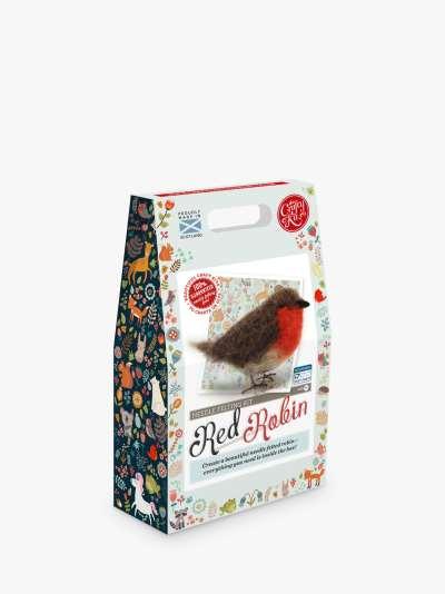 The Crafty Kit Company Felt Your Own Robin Christmas Wreath