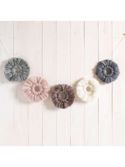 Wool Couture Woolly Garland Craft Kit