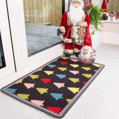 Colourful Christmas Tree Decoration Mat | Luna