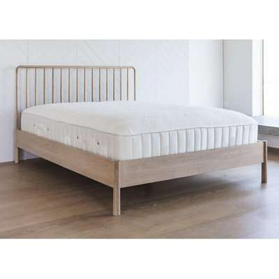 Gallery Direct Wycombe Spindle Bed   Outlet / 6ft Super King / Natural