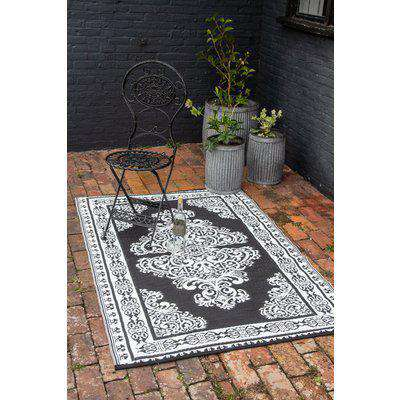 Persian-Style Reversible Outdoor Garden Rug