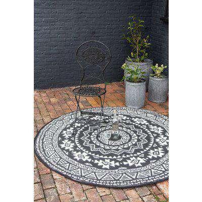 Round Aztec Design Reversible Outdoor Garden Rug