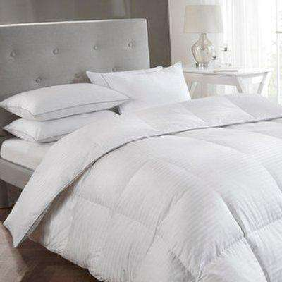 5* Luxury White 10.5 tog Goose Down Duvet - White / Double