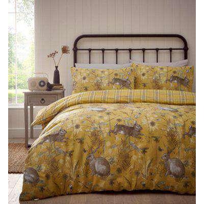 Rabbit Meadow Duvet And Pillowcase Set - Yellow / Single