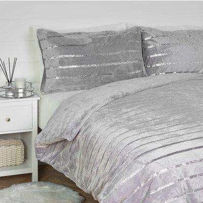 Satin Stripe Fleece Duvet and Pillowcase Set - Silver / Super King size